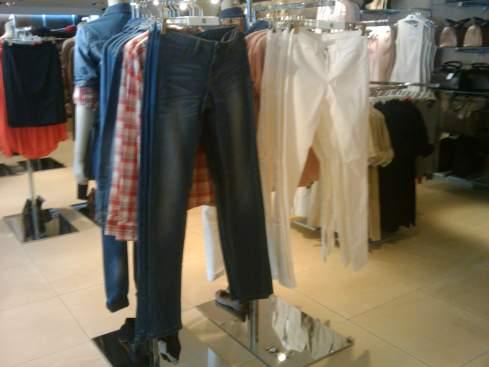 Jeans super bonitos por 40 e 50 dólares!