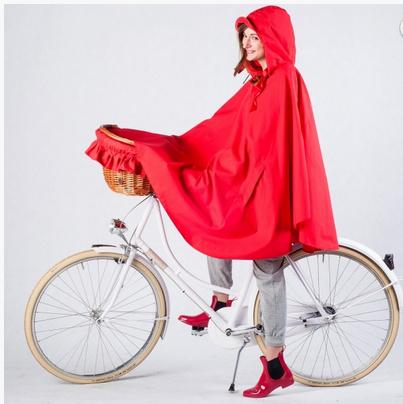 A capa de chuva da Bike Belle cobre também a cesta!
